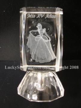 "2.5"" cinderella ""mis xv anos"" engraved crystal with lights"